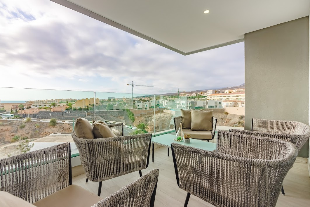 Properties for Sale in Tenerife, Canary Islands, Spain | SylkWayStar Real Estate. 3 bedroom apartment Playa Paraiso. Image-26134