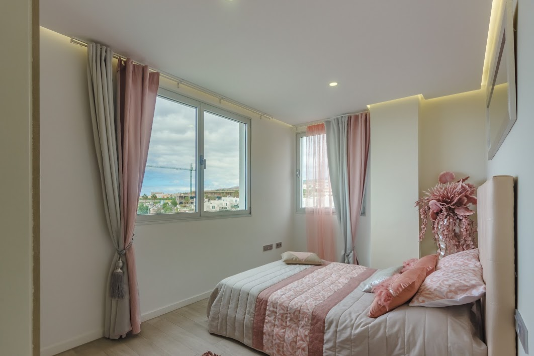 Properties for Sale in Tenerife, Canary Islands, Spain | SylkWayStar Real Estate. 3 bedroom apartment Playa Paraiso. Image-26125