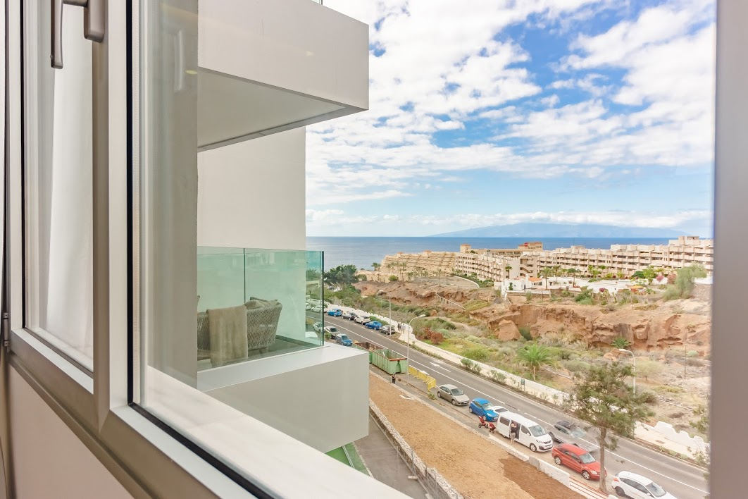 Properties for Sale in Tenerife, Canary Islands, Spain | SylkWayStar Real Estate. 3 bedroom apartment Playa Paraiso. Image-26128