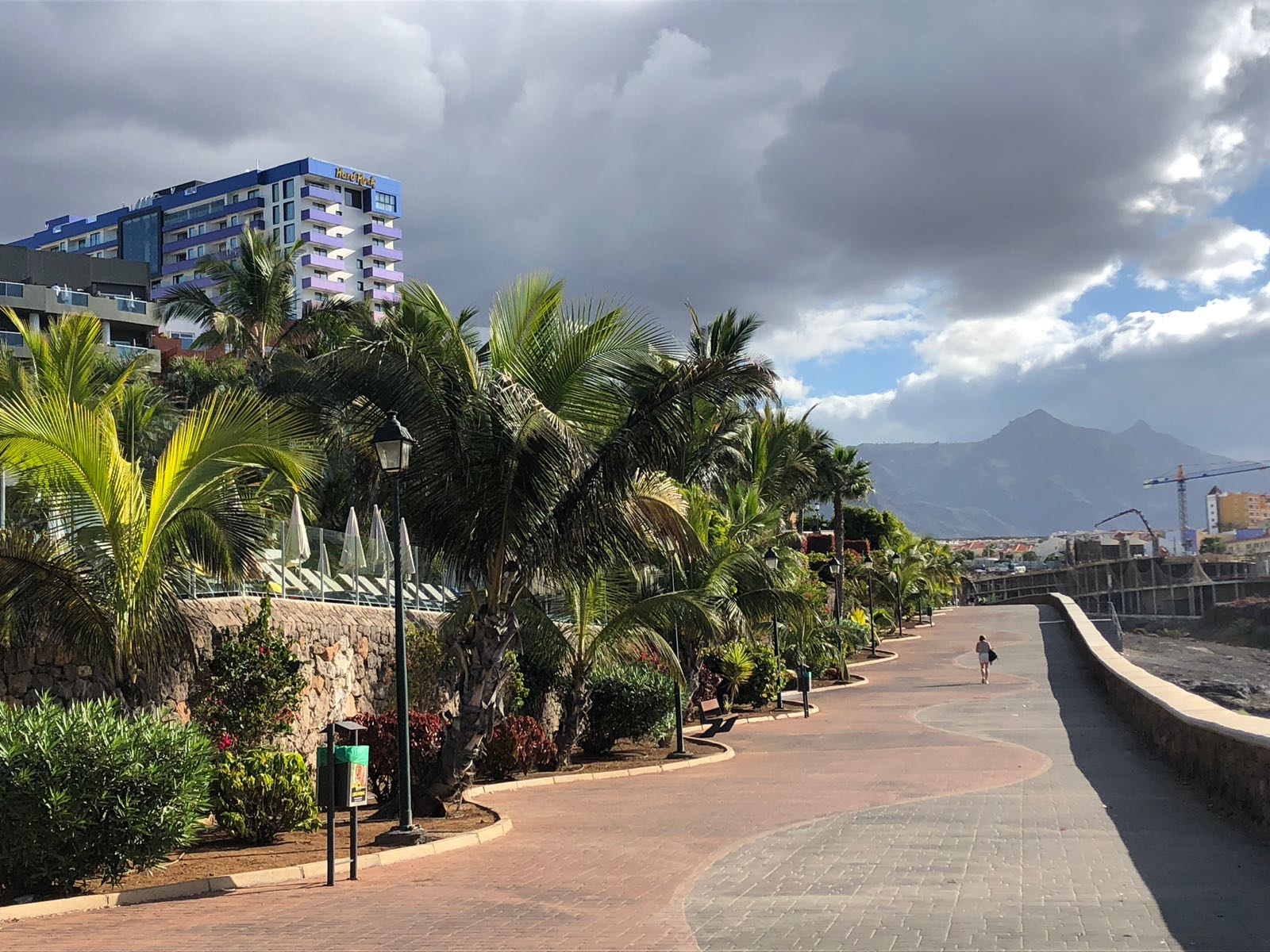 Properties for Sale in Tenerife, Canary Islands, Spain | SylkWayStar Real Estate. 3 bedroom apartment Playa Paraiso. Image-26163