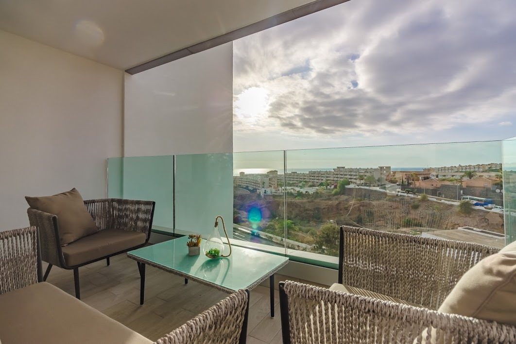Properties for Sale in Tenerife, Canary Islands, Spain | SylkWayStar Real Estate. 3 bedroom apartment Playa Paraiso. Image-26139
