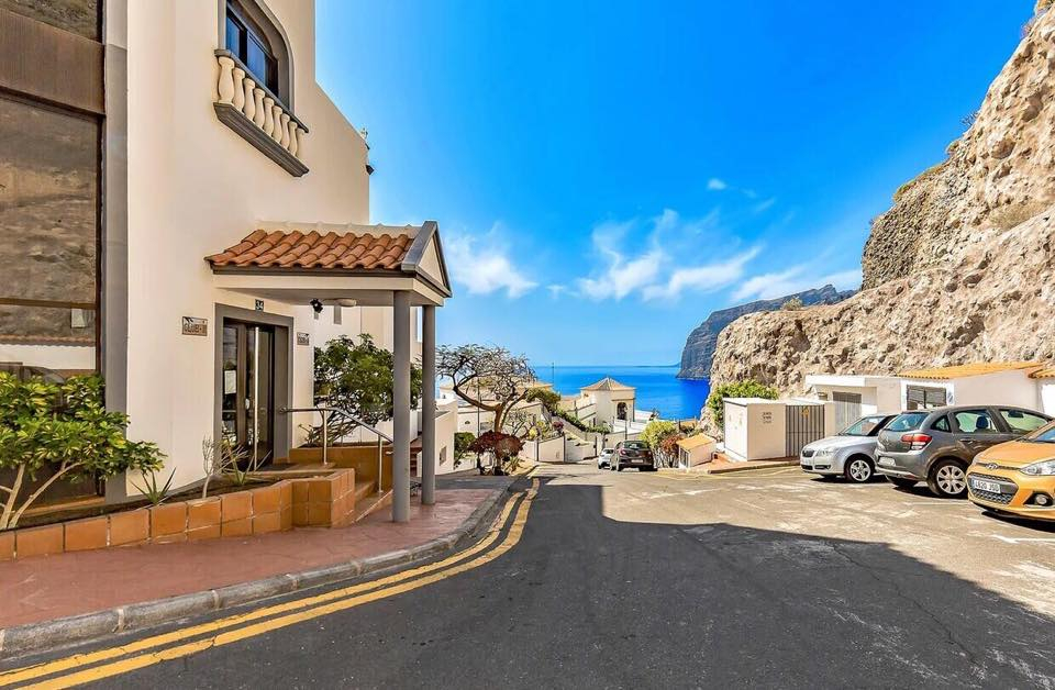 Properties for Sale in Tenerife, Canary Islands, Spain | TENERPROPERTY Real Estate. 1 Bedroom Apartment Santiago Del Teide Los Gigantes Apartment Club II. Image-26486