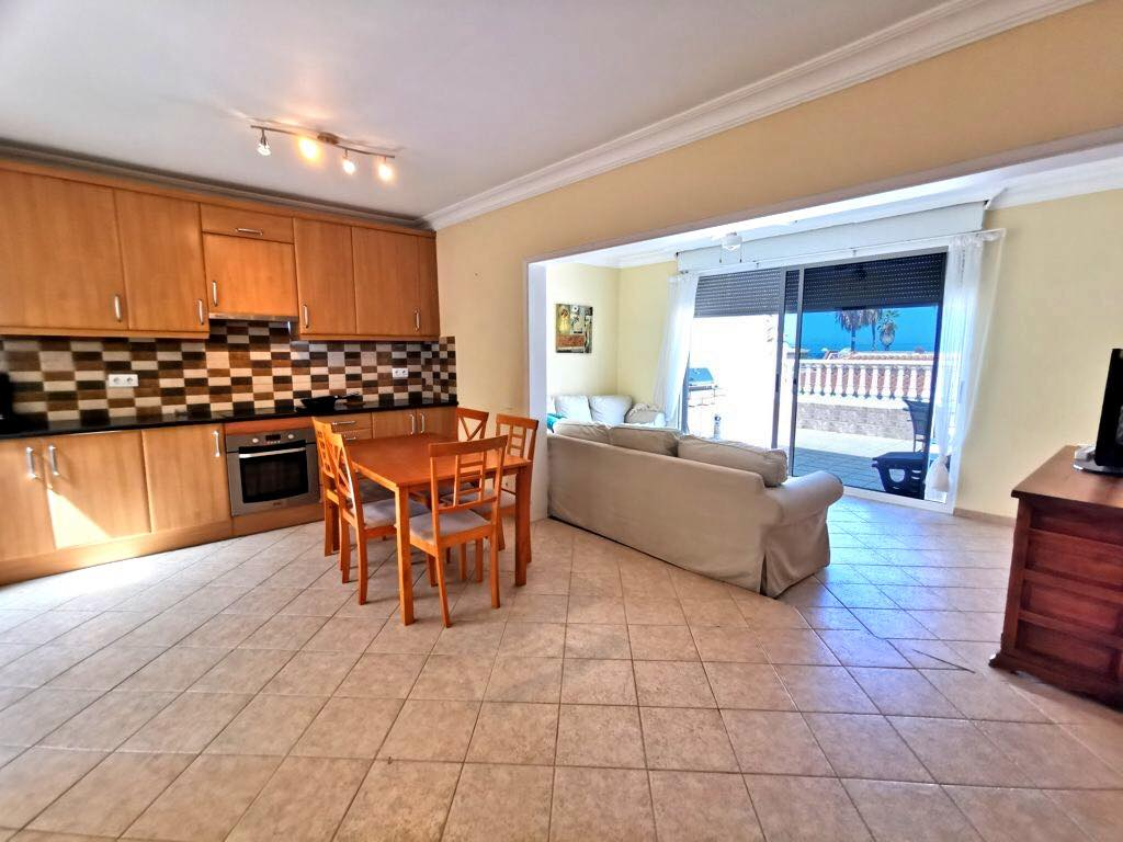 Properties for Sale in Tenerife, Canary Islands, Spain | TENERPROPERTY Real Estate. 3 Bedrooms Semidetached Bungalow in Pal Mar, Arona. Image-26536