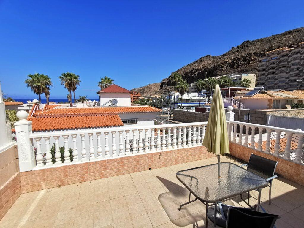 Properties for Sale in Tenerife, Canary Islands, Spain | TENERPROPERTY Real Estate. 3 Bedrooms Semidetached Bungalow in Pal Mar, Arona. Image-26531