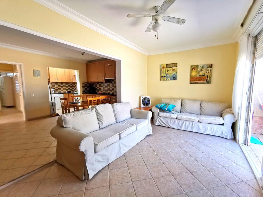 Properties for Sale in Tenerife, Canary Islands, Spain | TENERPROPERTY Real Estate. 3 Bedrooms Semidetached Bungalow in Pal Mar, Arona. Image-26534